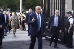 امریکی صدر وائٹ ہاؤس کے زیرِ زمین بنکر میں چھپ گئے