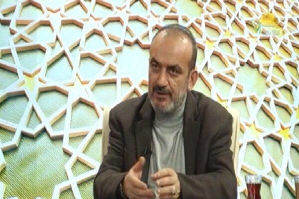 شعار «نه شرقی، نه غربی» امام خمینی فراخوان استقلال و آزادی بود