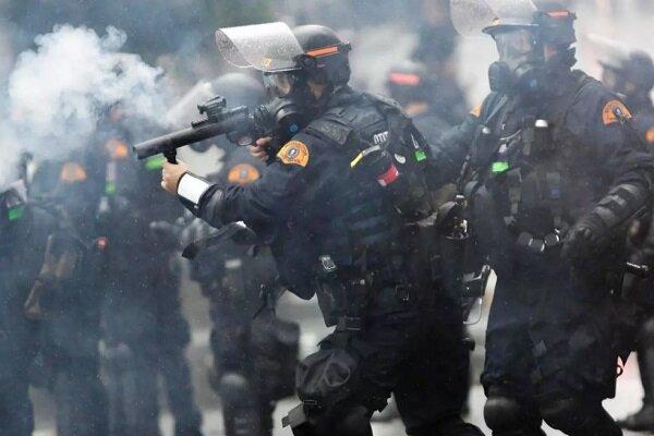 سقوط 5 قتلى وإعتقال 4400 شخصاً عقب الإحتجاجات التي تشهدها أمريكا مؤخراً