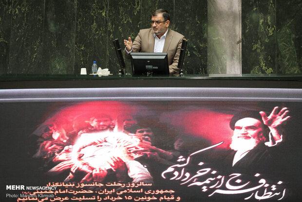 روح الامینی: وکیل الدوله نیستیم/ دولت در کار مجلس دخالت نکند