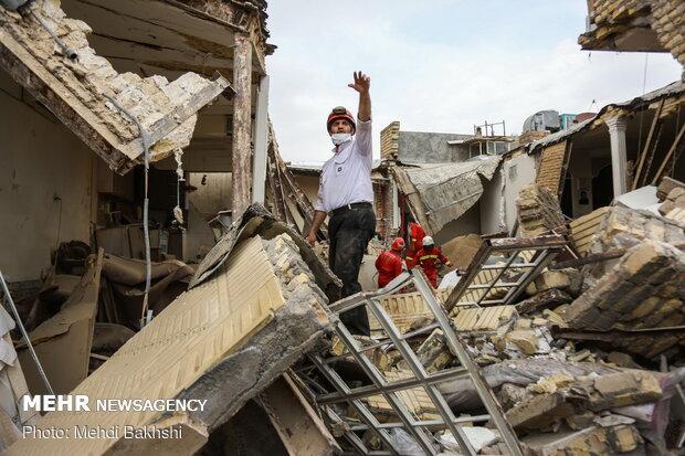 جان باختن دو نفر در انفجار ساختمانی در قم