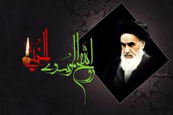 امام خمینی (ره) در شجاعت و فرزانگی نمونه بینظیر زمان خویش است