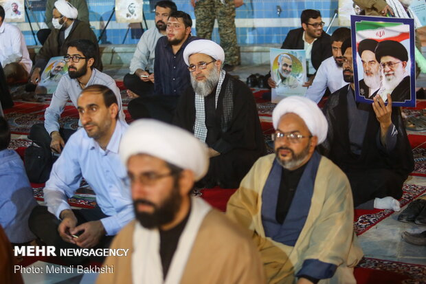 Commemoration ceremony of Imam Khomeini [RA] marked in Feyziyeh School