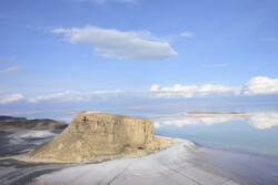 هزاران میلیارد خرج دریاچه ارومیه در دولت یازدهم و دوازدهم/ تعهد احیا به گردن دولت بعد افتاد!