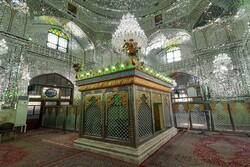 İran'da kutsal mekanlar tek tek açılıyor