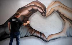 دیوارنگاره هایی از جورج فلوید در جهان «نمی توانم نفس بکشم»
