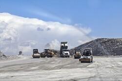 بزرگراه تبریز- سهند در مرحله آسفالت ریزی است/ جبران تاخیر پروژه