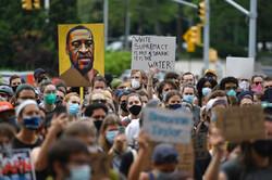 """Rusya'dan """"George Floyd protestoları"""" açıklaması"""