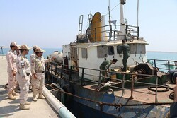 Maritime guards seize 888 kg of illicit drugs in S Iran
