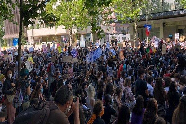 مادرید اسپانیا هم علیه توحش پلیس آمریکا به پاخاست