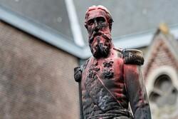 محتجون ضد العنصرية في بلجيكا يستهدفون تماثيل الملك المتهم بالإبادة في الكونغو