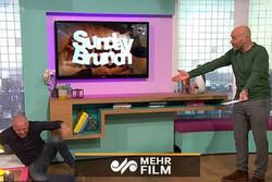 گاف مجری در برنامه زنده تلویزیونی