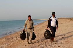 جزایر املگرم و نخیلو در پارک ملی دریایی پاکسازی شدند