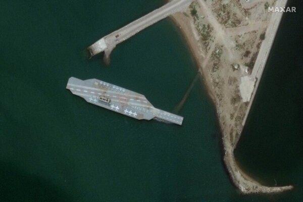 إيران تمهد لمناورة جديدة للتدريب على إغراق حاملة الطائرات الأمريكية