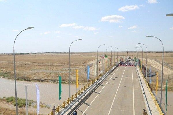 İran-Türkmenistan sınırında yeni ulaşım köprüsü açıldı