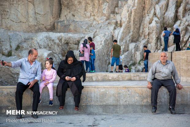 """Tahranlı çocuklar """"Çeşme-i Ali"""" pınarına akın etti"""