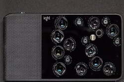 انقلاب در عکاسی با نصب ۱۶حسگر روی یک دوربین