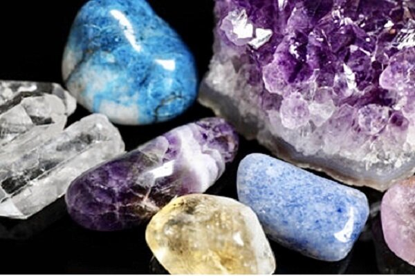 1st precious-, semi-precious stones' marketplace inaugurated in Isfahan