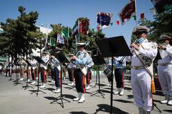 ایرانی فوج کا سلامتی اور طبی شعبہ کے کارکنوں کو خراج تحسین