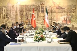 ترکیه: مخالف تحریم یکجانبه آمریکا علیه ایران هستیم