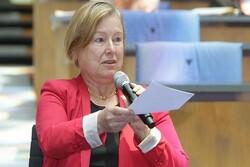 مدیر و قائم مقام صدای آمریکا استعفا کردند