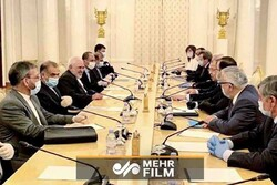VIDEO: Iranian, Russian foreign ministers meet in Moscow