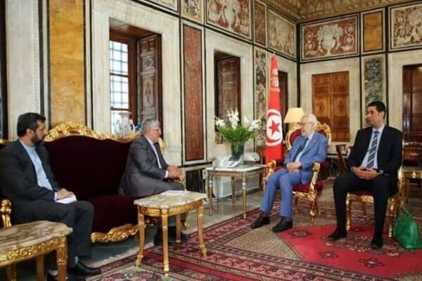 Tehran, Tunis confer on expansion of parliamentary ties
