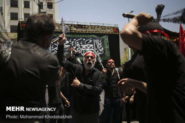 مراسم عزاداری شهادت امام جعفرصادق(ع) در محله صادقیه تهران