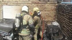 حادثه آتش سوزی مرکز درمانی در خیابان امام خمینی/ حادثه تلفات جانی نداشت