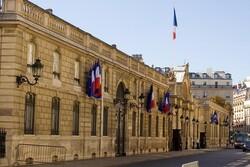 واکنش فرانسه به استعفای دولت لبنان