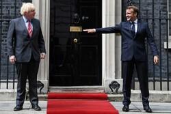 ماکرون و جانسون در لندن با هم دیدار و گفتگو کردند
