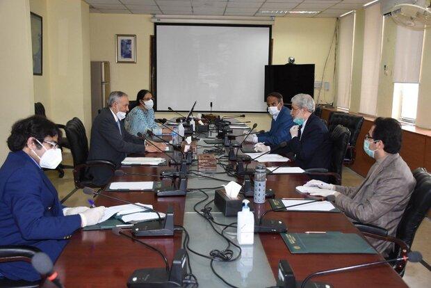 Iran, Pakistan stress expansion of economic cooperation