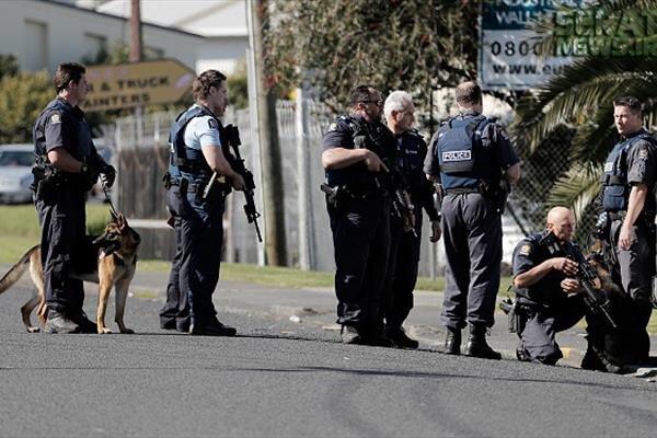 نیوزی لینڈ میں فائرنگ سے ایک پولیس اہلکار ہلاک