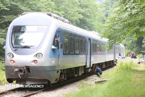 إستئناف الرحلات السياحية عبر القطارات داخل إيران