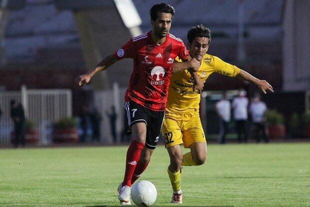 لغو محرومیت کاپیتان تیم ملی برای بازی در ترکیب تراکتور