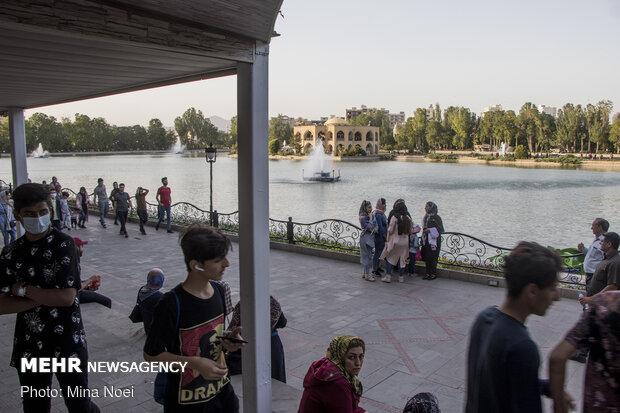 كورونا يدق أبواب مدينة تبريز / صور