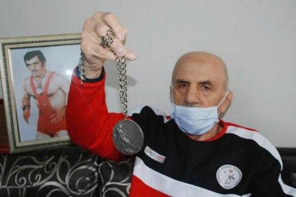 Türk güreşçi Vehbi Akdağ hayatını kaybetti