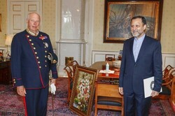 Iranian envoy submits credentials to Norwegian king