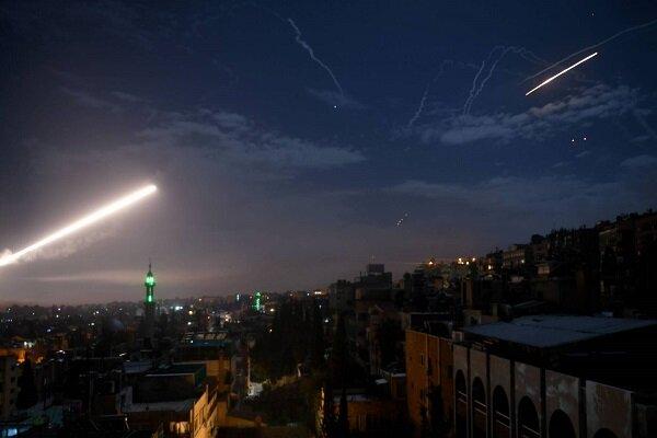 بالفيديو تصدي الدفاعات الجوية السورية لأهداف معادية صهيونية