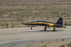 ایرانی وزارت دفاع نے نئے کوثر طیارے ایرانی فضائیہ کے حوالے کردیئے