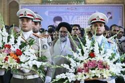 مزار شهید بهشتی و شهدای حادثه هفتم تیر در بهشت زهرا گلباران شد