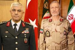قائدا الحرس الحدودي الايراني والتركي يؤكدان على أهمية التعاون الحدودي بين البلدين