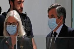 نخستوزیر پیشین فرانسه به ۵ سال حبس محکوم شد