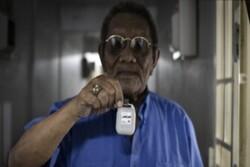 سنگاپور با گردنبند بلوتوثی کرونا را ردیابی می کند