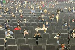 لطمهای که تعطیلی دانشگاهها به سینما زد/ دستمان بسته است
