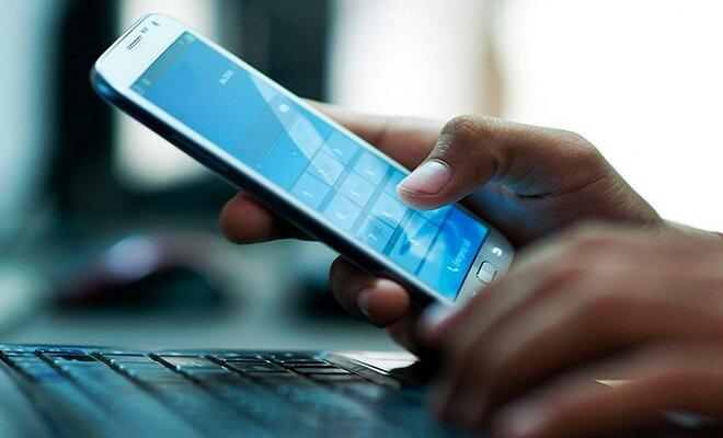 اینترنت سال آینده گران نمی شود/ درآمد غیرشفاف وزارت ارتباطات را شفاف کردیم
