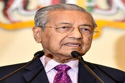 Mahatir calls on Muslims to focus on fighting Israeli regime