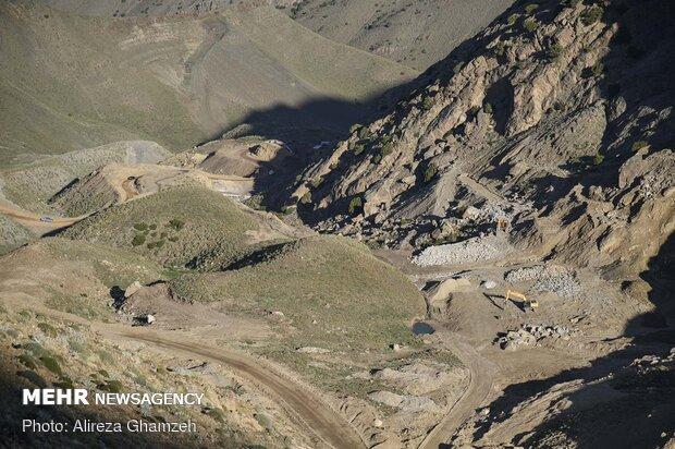بازدید مسئولین شاهرود از معدن بوکسیت