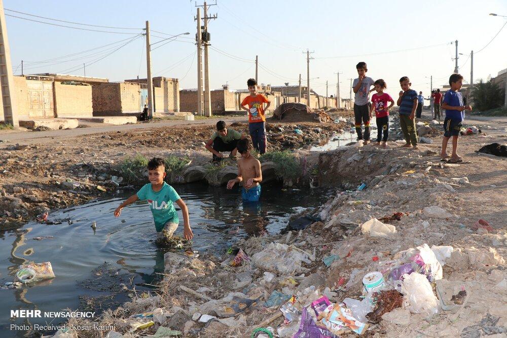 کودک اهوازی بر اثر فاضلاب روباز کوی سیاحی جان باخت