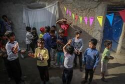 برگزاری جشن میلاد امام رضا(ع) برای کودکان کار به همت جوانان جهادی
